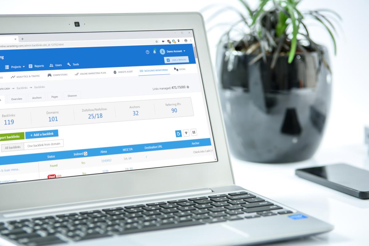 Czym monitorować pozycje w wyszukiwarkach?