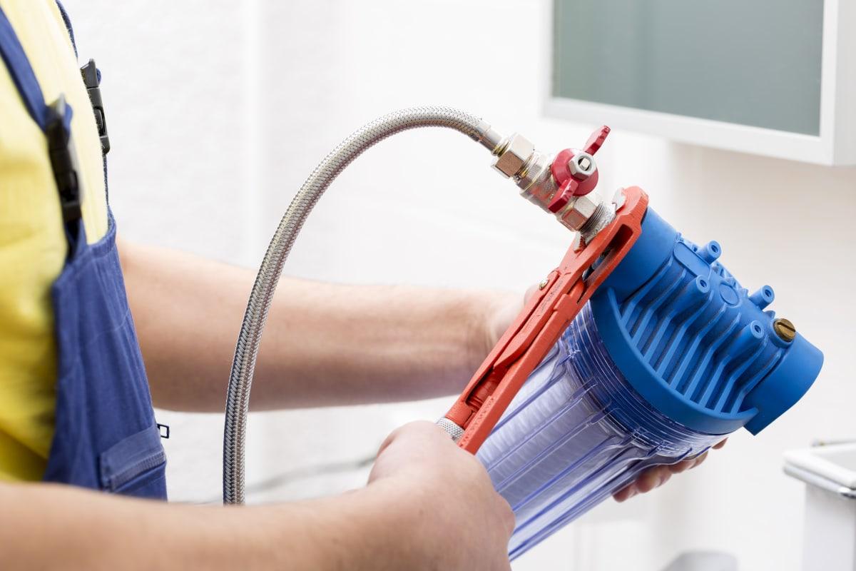 W jaki sposób filtrować wodę z kranu i czy jest to istotne?